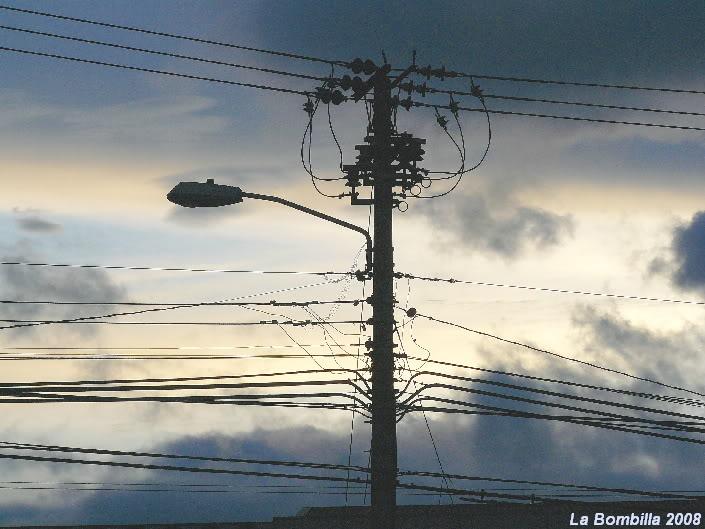 Un lio de cables en Costa Rica